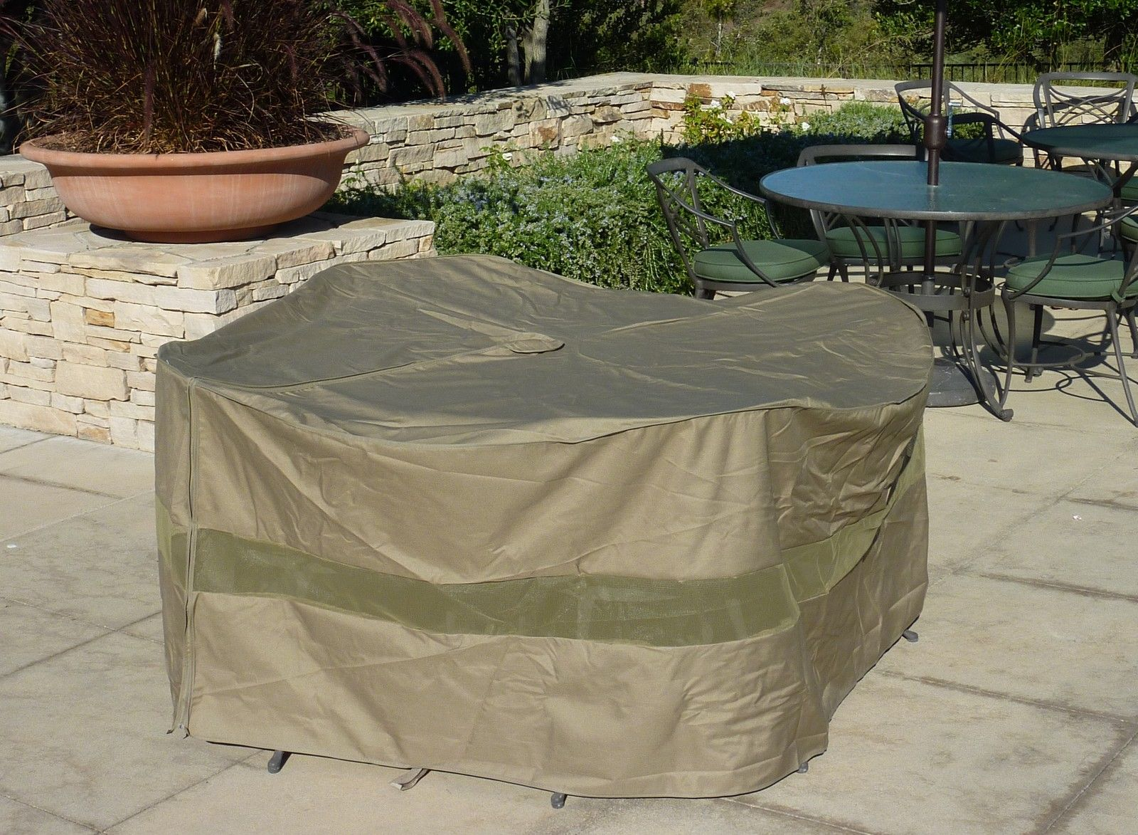 Image of: Patio table cover large