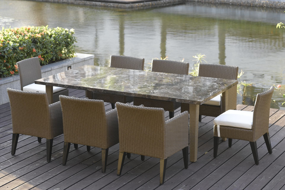 Image of: Popular Rectangular Patio Table
