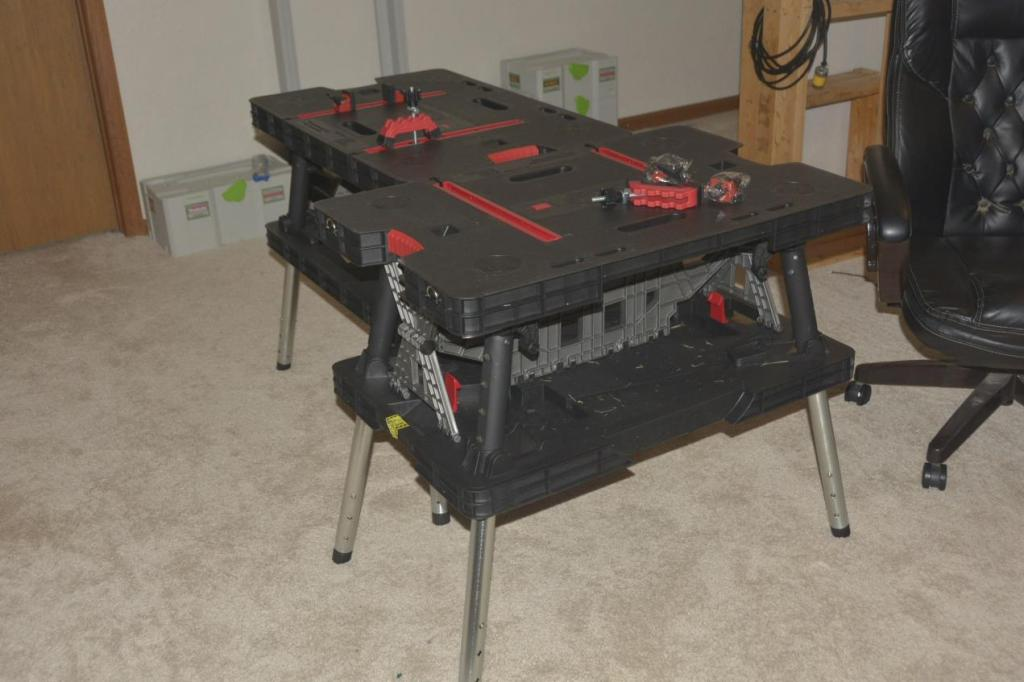 Image of: Portable Folding Work Table