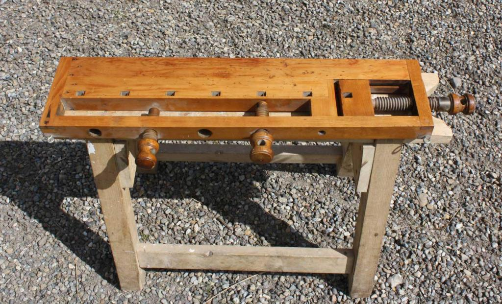 Image of: Portable Woodworking Bench Plans