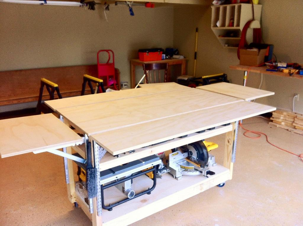 Image of: Portable Workbench Diy