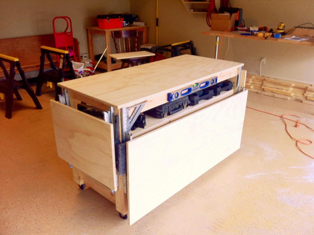 Picture of: Portable Workbench Wheels Ideas