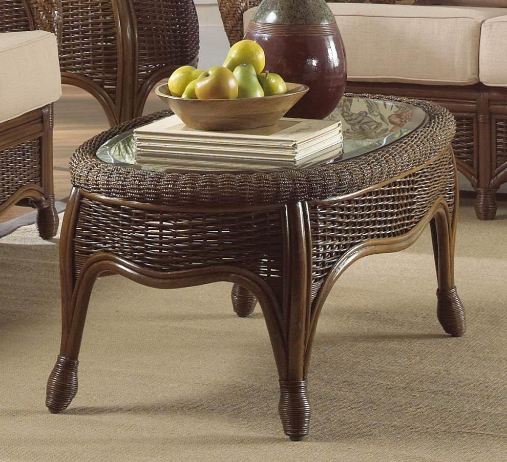 Image of: Rattan Coffee Table Oval