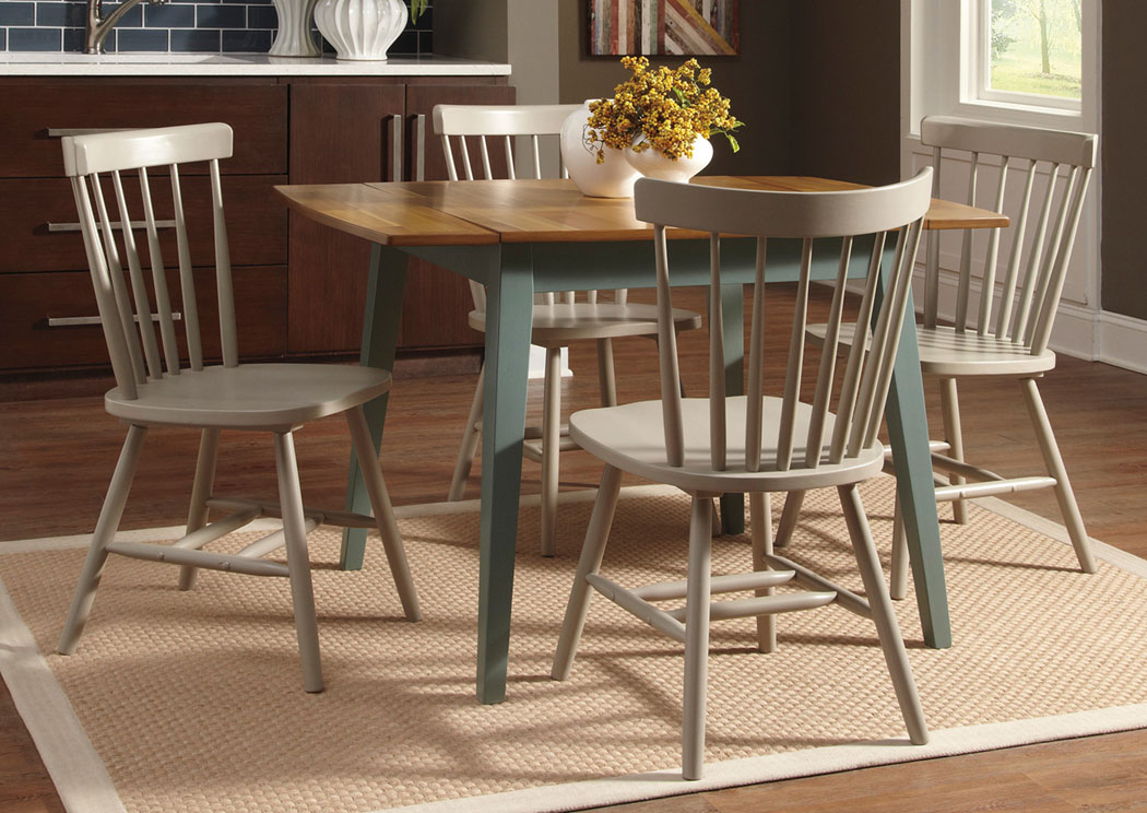 Picture of: Round Dining Table with Leaves Tips