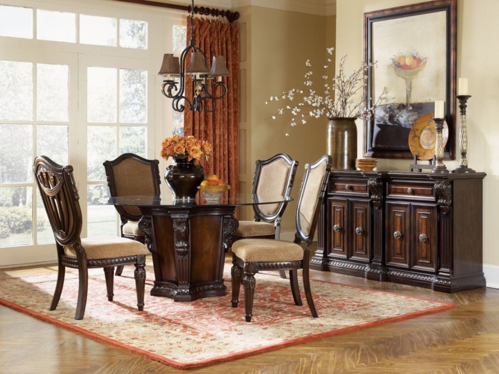Image of: Round Table Dining Room Sets At Big Lots
