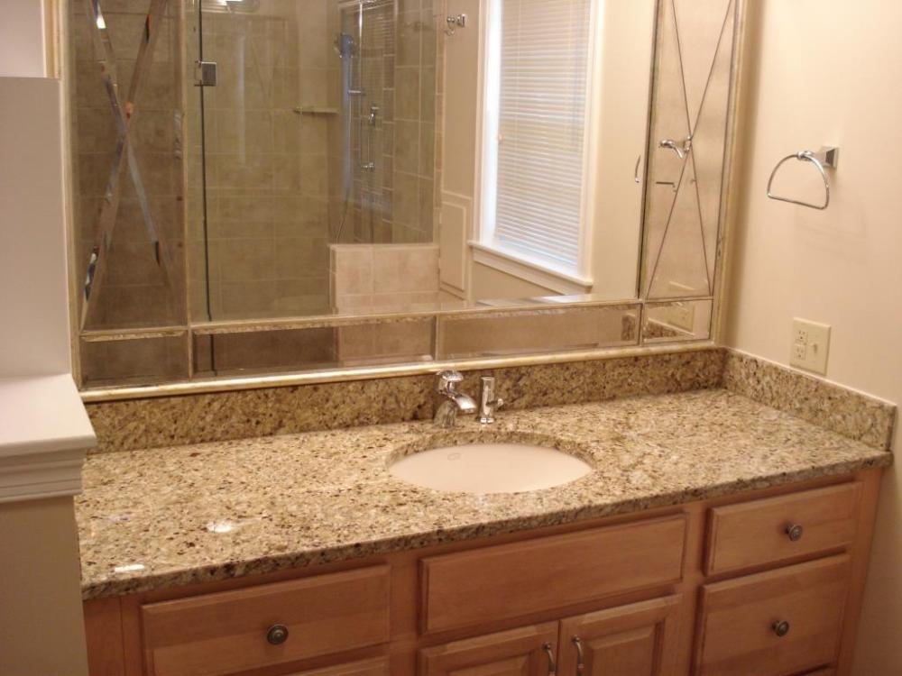 Image of: Simple Bathroom Vanity Mirrors