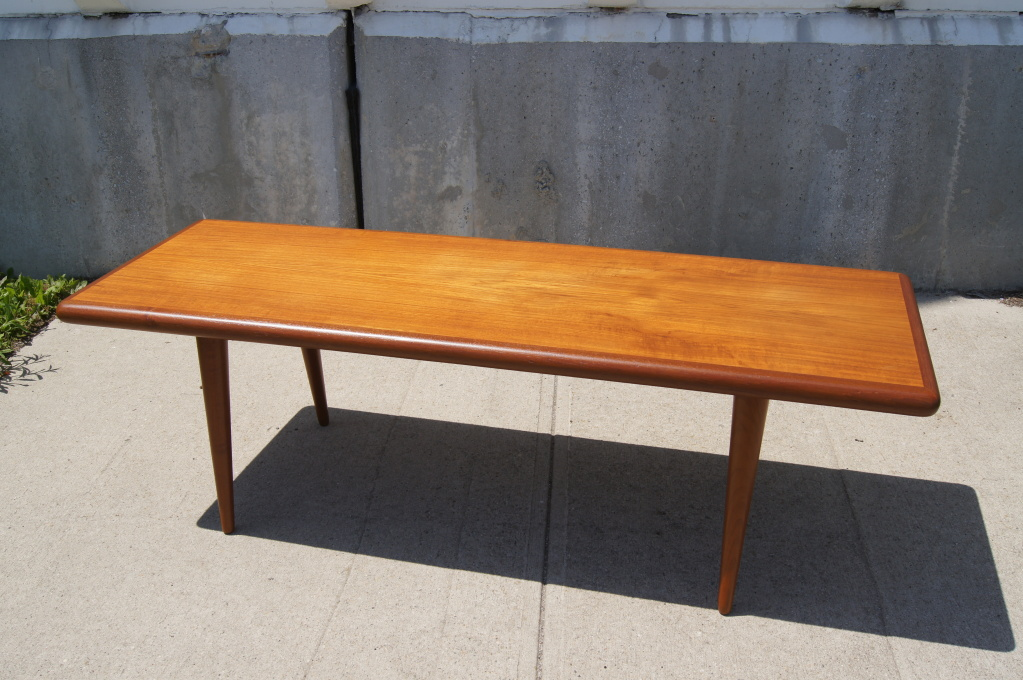 Image of: simple teak coffee table
