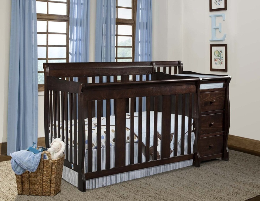 Image of: Style Cribs With Changing Table Combo