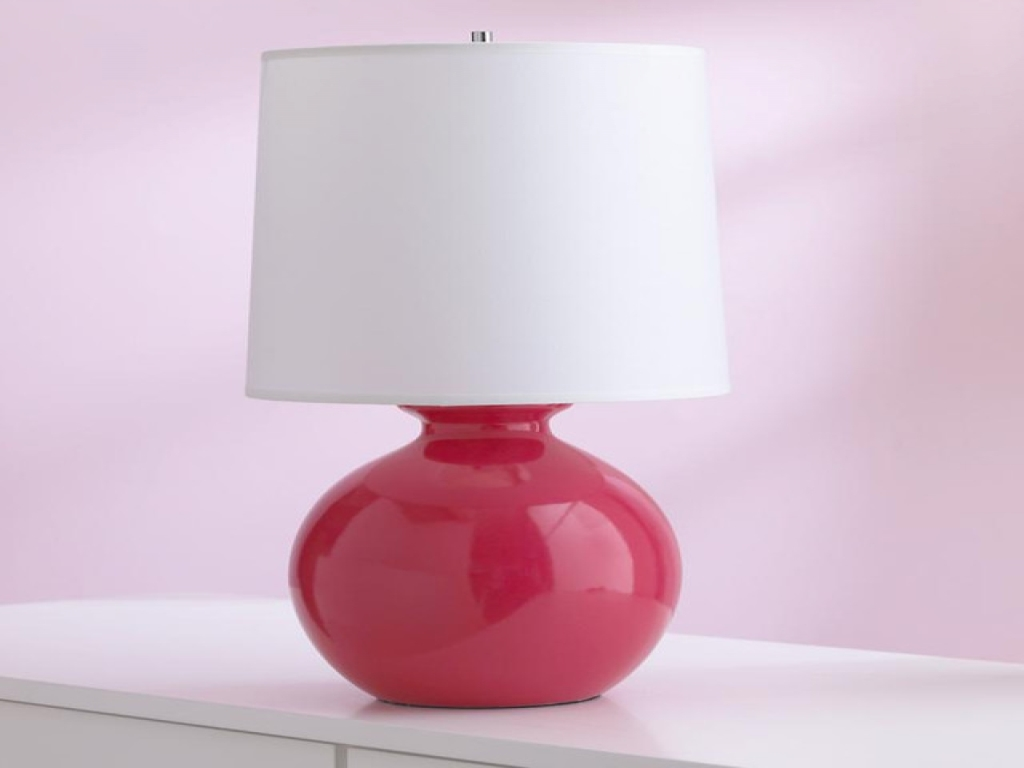Picture of: stylish traditional table lamps