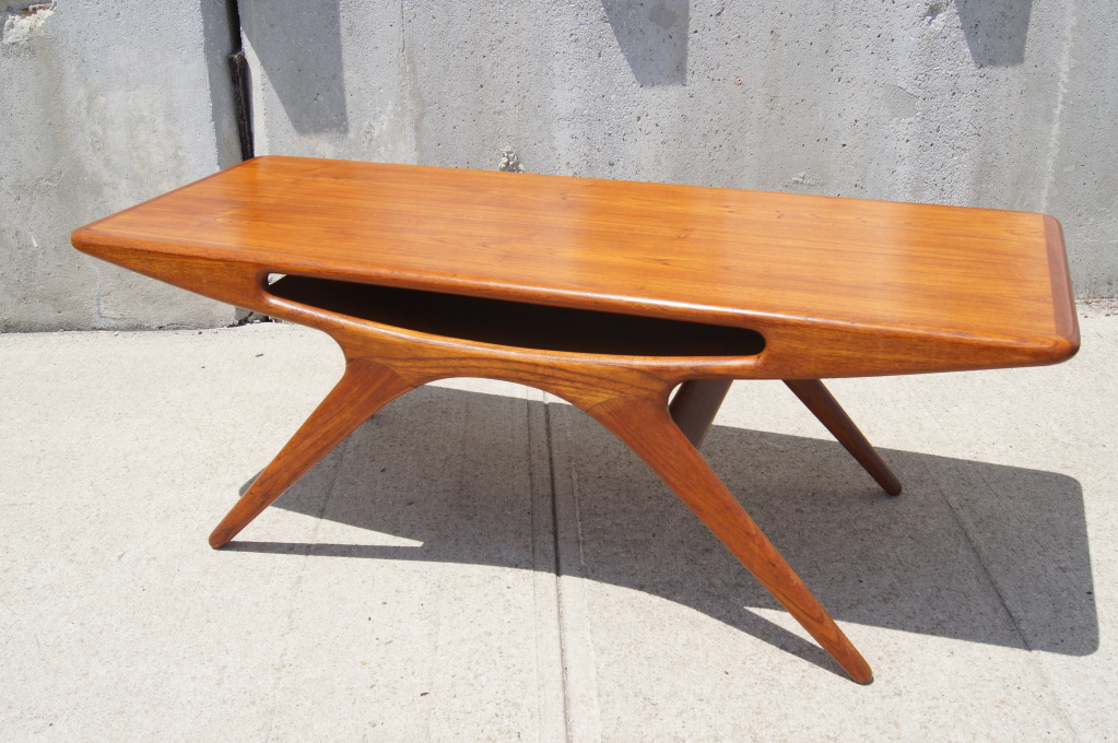 Picture of: teak coffee table design