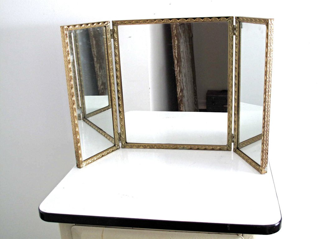 Picture of: Tri Fold Vanity Mirror Frames