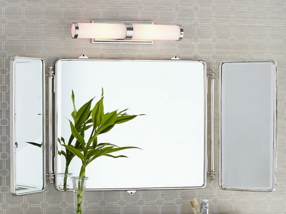 Image of: Tri Fold Vanity Mirror Mounted