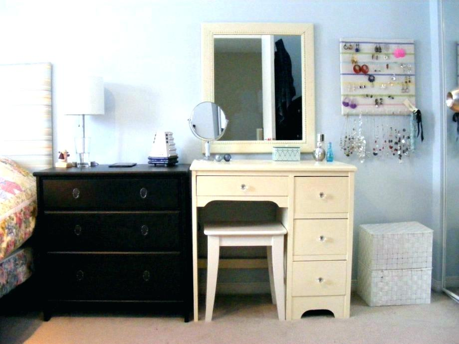 Image of: Vanity Ideas for Small Bedroom Paint
