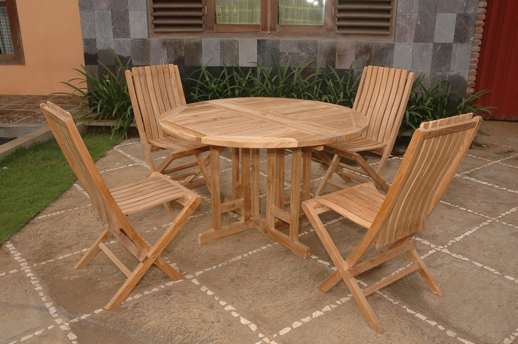 Picture of: Wood Round Dining Table with Leaves Sets
